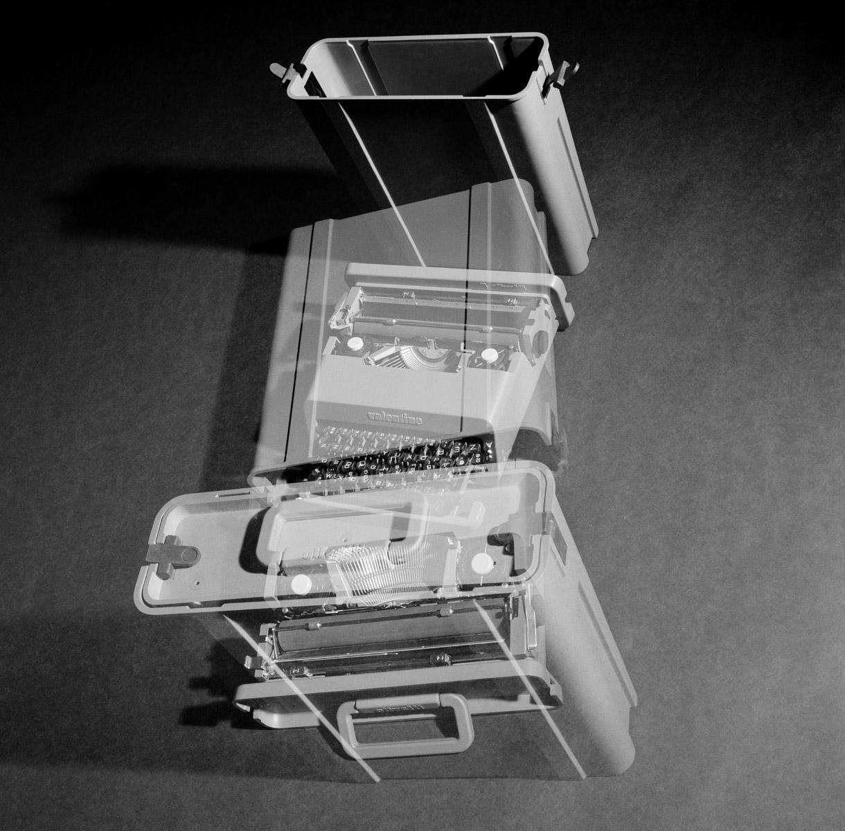 Machine à écrire Valentine - Ettore Sottsass - Olivetti - Photo Carol-Marc Lavrillier