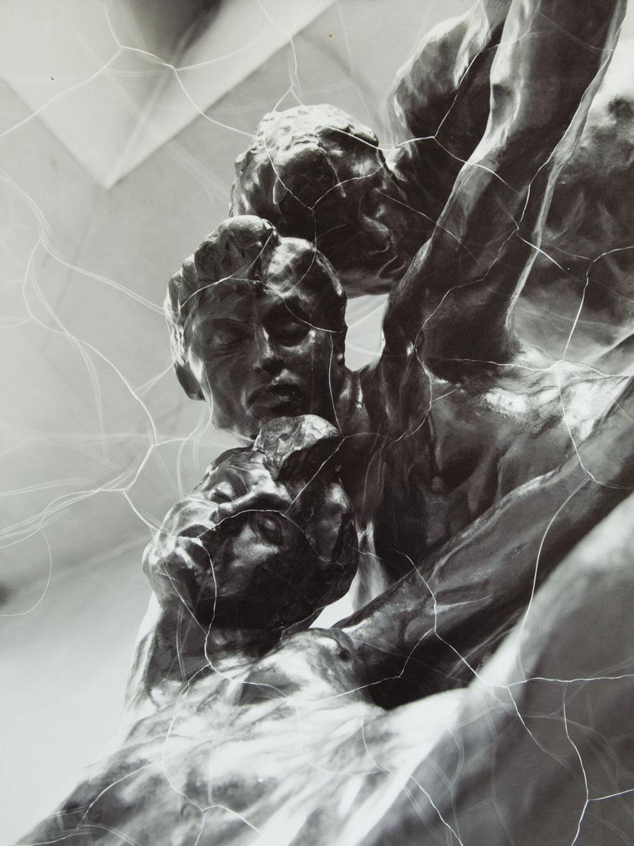Porte de l'Enfer - Sculpture Rodin - Ombres- Photo Carol-Marc Lavrillier